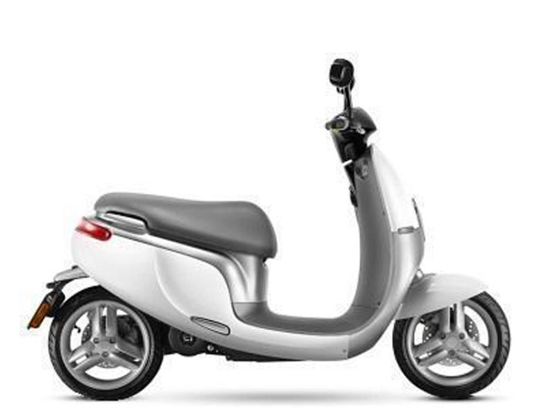 Xe Tay Ga Điện Ecooter E1S Chạy 80km /1 Lần Sạc Pin
